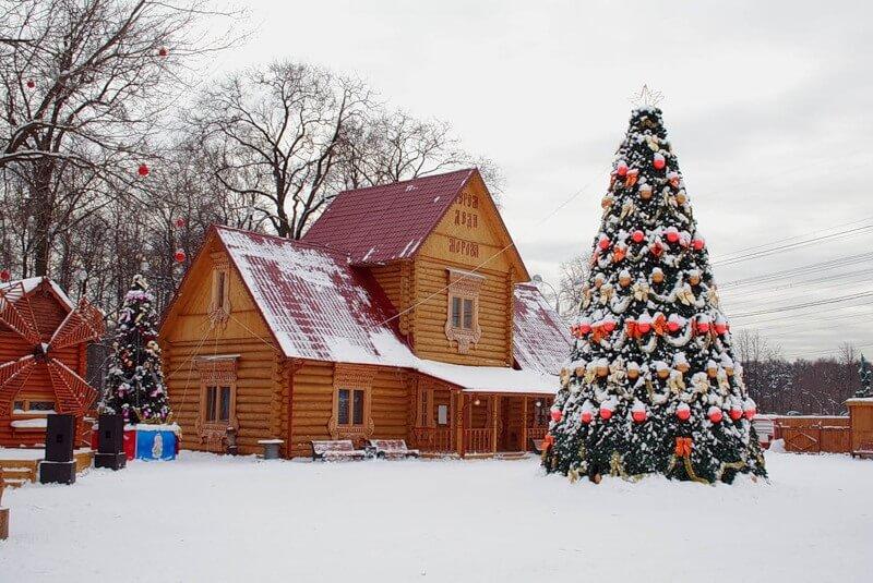 Экскурсия в московскую усадьбу Деда Мороза